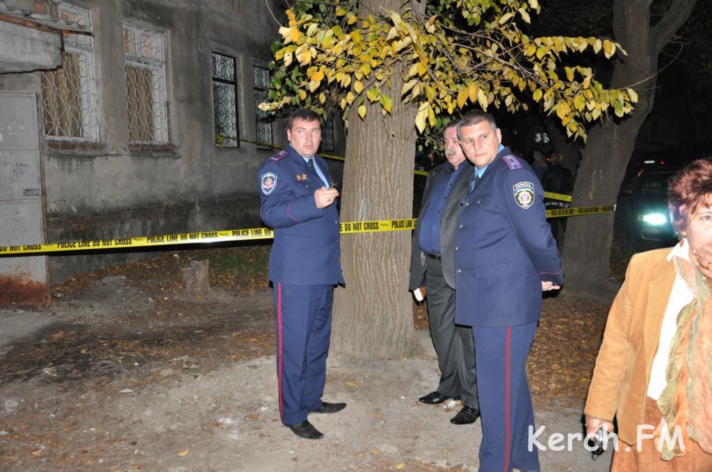 В Керчи произошло жуткое групповое убийство (обновлено 12.11) .