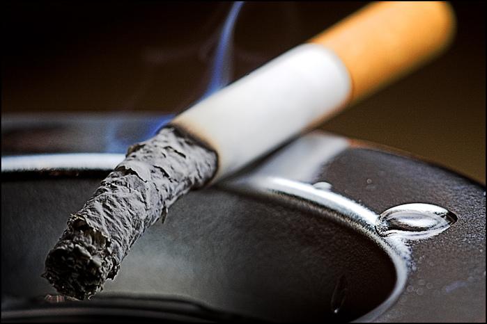 Курение вызывает микроинсульт