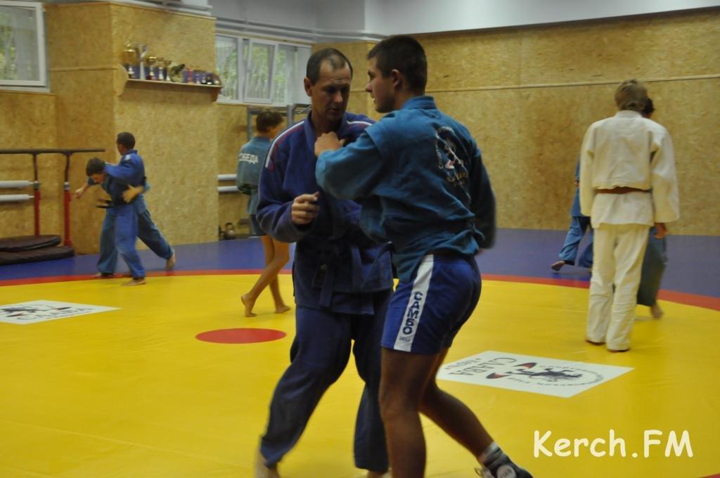Керчанин стал призером на чемпионате мира по самбо