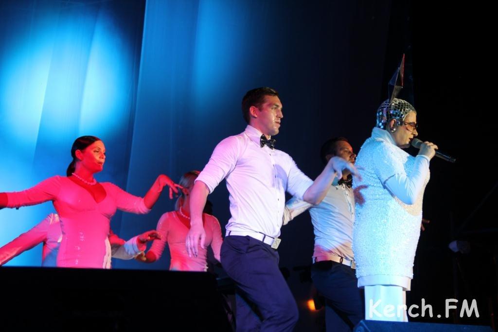 Верка Сердючка в Керчи фото и видео