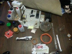 В Керчи у преступной группы изъяли наркотики на сумму 100 тысяч гривен