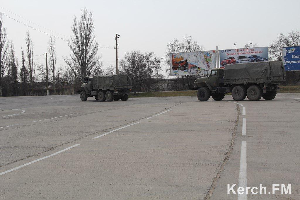 Российские военные говорят, что устали в Крыму (видео, фото)
