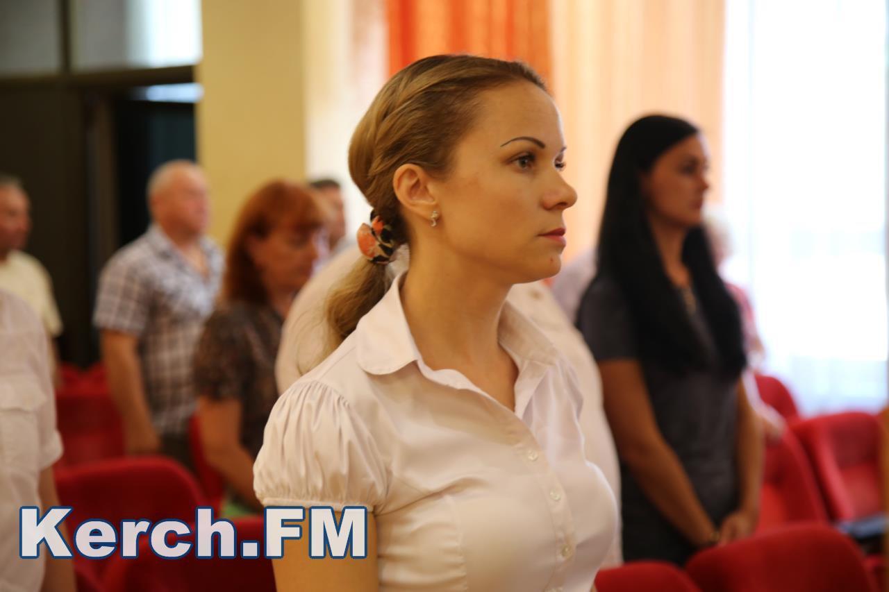 Народные избранники преждевременно закончили полномочия обвиняемого вкоррупции руководителя администрации Керчи