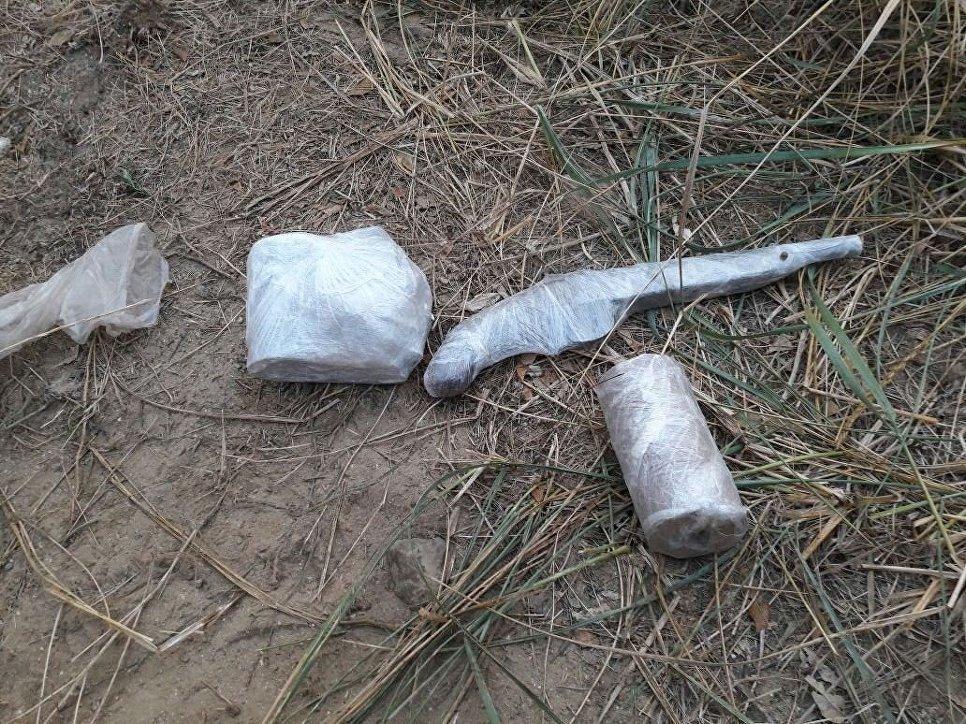 Схрон скилограммом тротила отыскали навостоке Крыма
