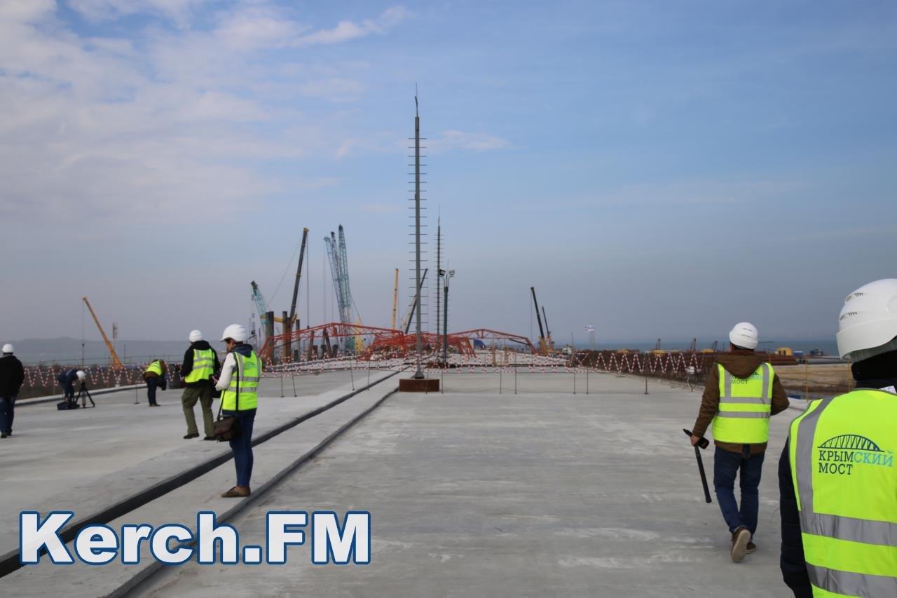 как фотохроника строительства керченского моста должность помощника председателя