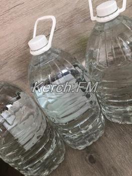 Керчан просят не использовать воду из крана в пищу