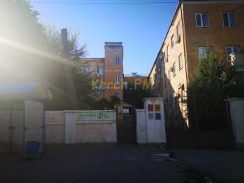 Минздрав Крыма рассказал о судьбе здания больницы водников в Керчи